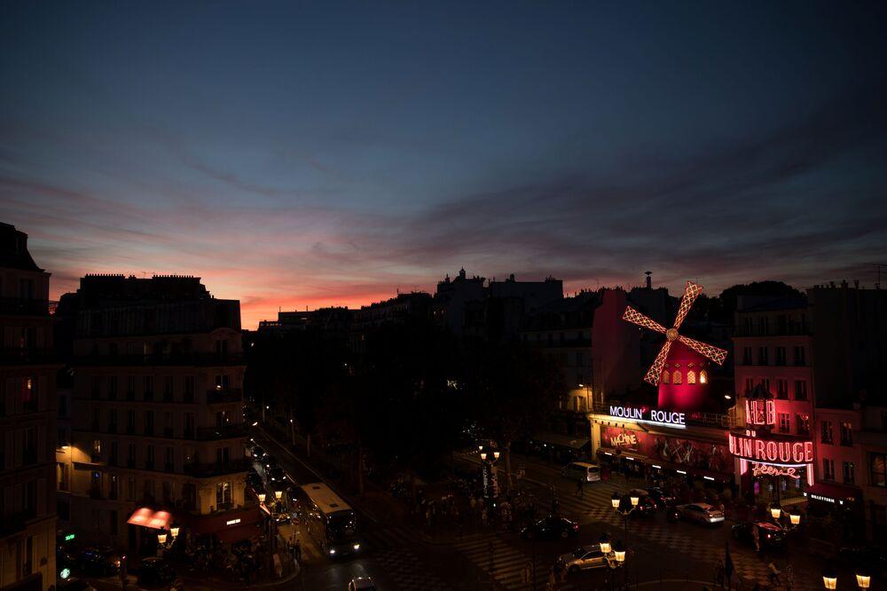 Budynek Moulin Rouge we Francji