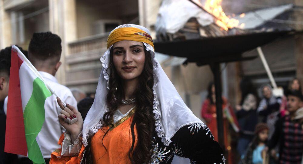 Syryjscy Kurdowie świętują Nouruz