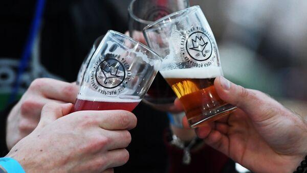 Piwo na festiwalu kultury kraftowej w Kazaniu - Sputnik Polska