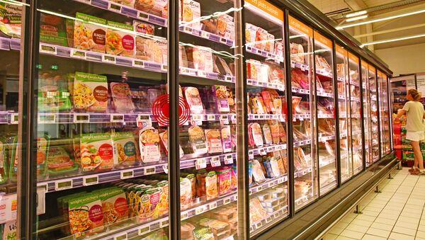 Gotowe jedzenie w supermarkecie - Sputnik Polska