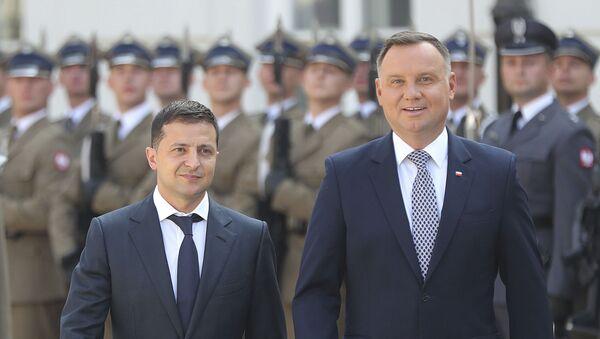 Prezydent Ukrainy Wołodymyr Zełenski i prezydent Polski Andrzej Duda na spotkaniu w Warszawie - Sputnik Polska