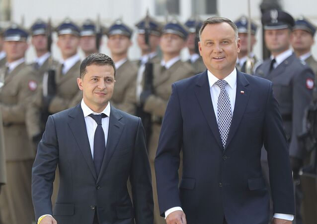 Prezydent Ukrainy Wołodymyr Zełenski i prezydent Polski Andrzej Duda na spotkaniu w Warszawie