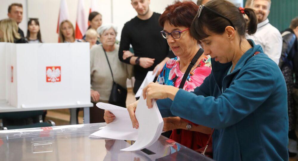Polacy Wybierają Posłów I Senatorów