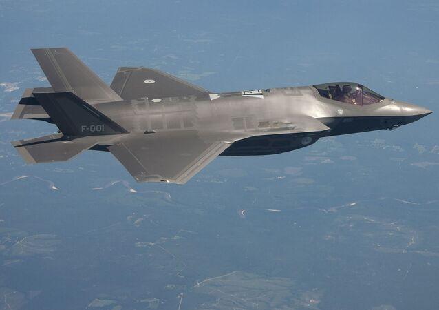 Myśliwiec wojskowy F-35