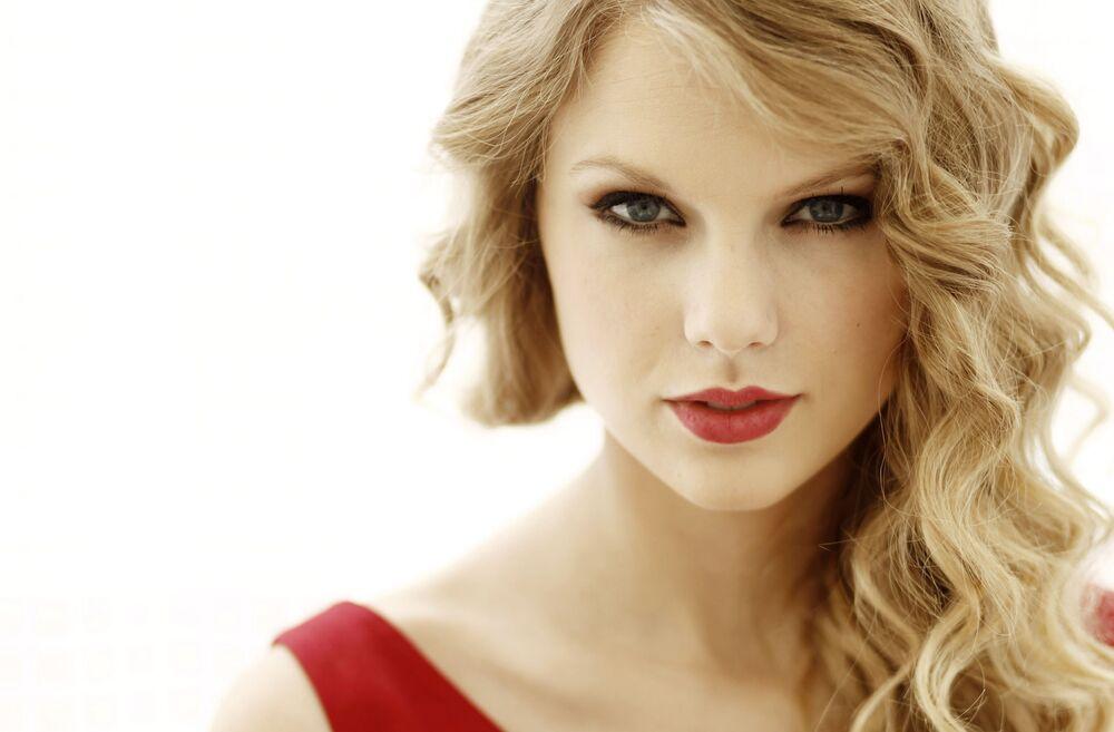 Amerykańska aktorka i piosenkarka Taylor Swift
