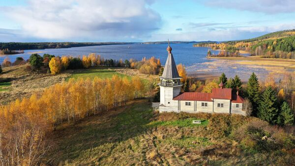 Drewniana świątynia w Karelii - Sputnik Polska
