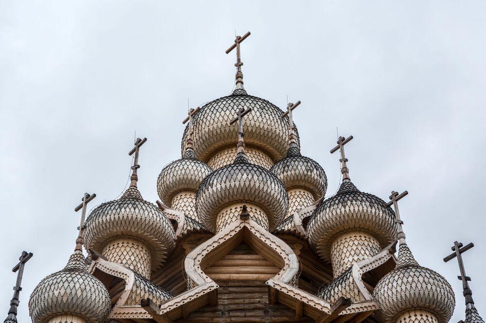 Kopuła świątyni Przemienienia Pańskiego w Karelii