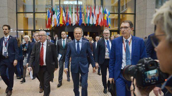 Donald Tusk na szczycie UE w Brukseli - Sputnik Polska