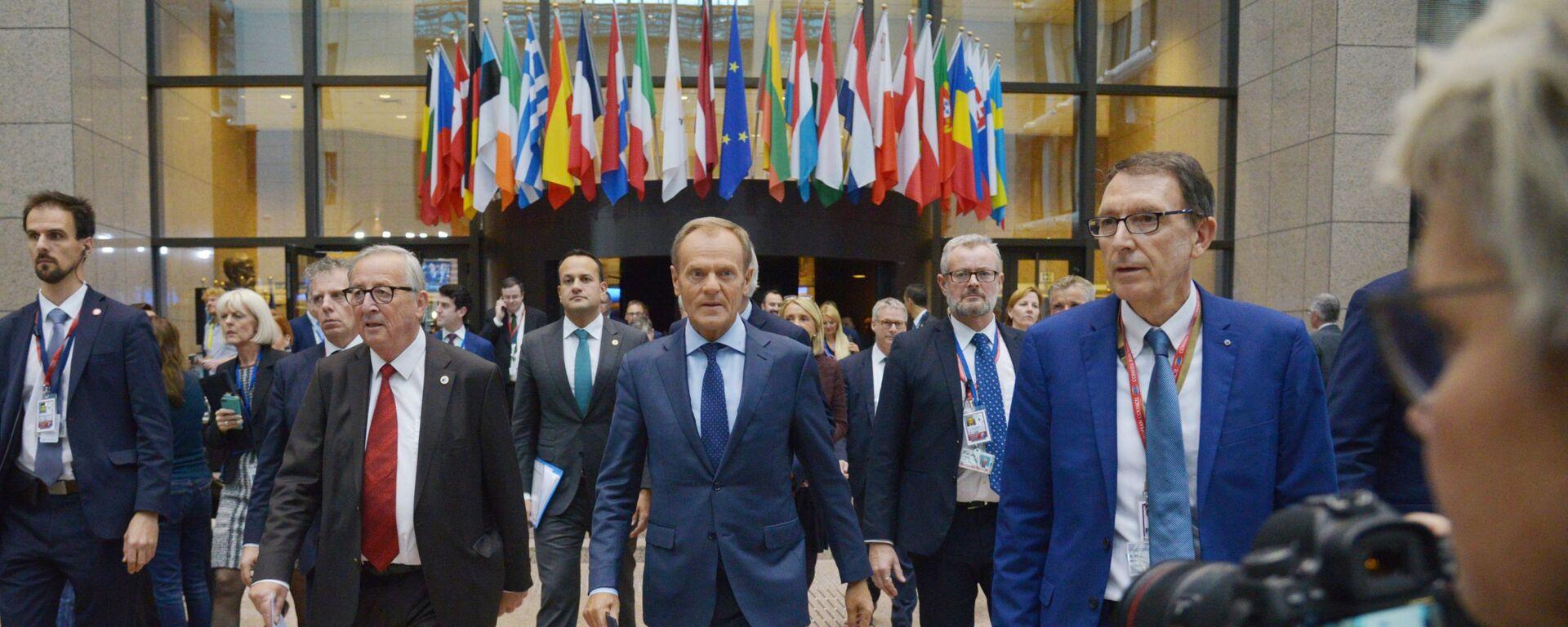 Donald Tusk na szczycie UE w Brukseli - Sputnik Polska, 1920, 04.07.2021