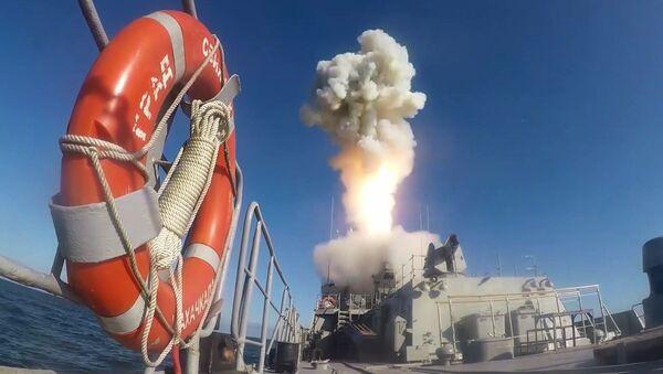 "Start rakiety ""Kaliber"" - Sputnik Polska"