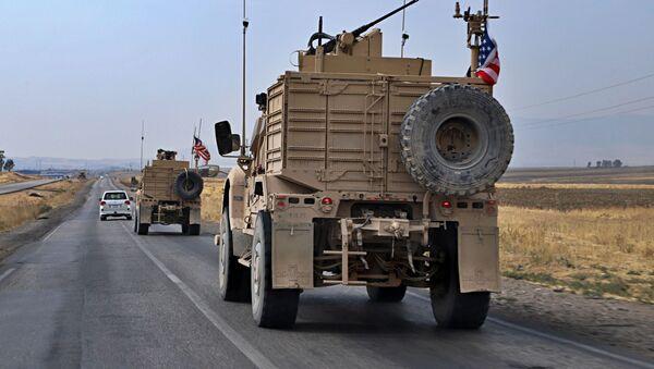 Amerykańscy wojskowi w pobliżu irackiego miasta Dahuk - Sputnik Polska
