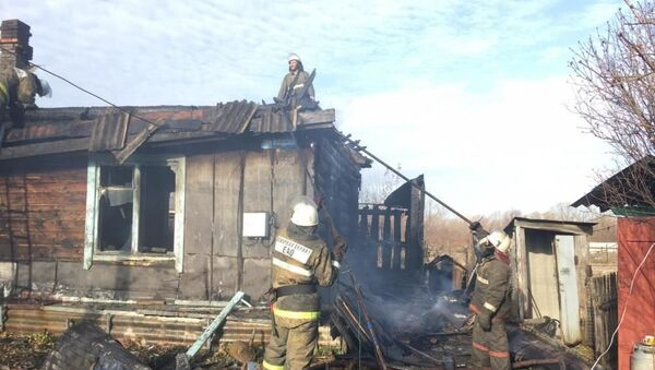 Pożar w domu na stacji Leninsk w Żydowskim Obwodzie Autonomicznym - Sputnik Polska
