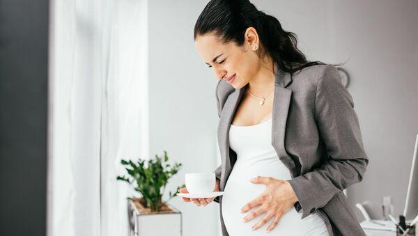 Kobieta w ciąży - Sputnik Polska