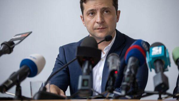 Prezydeny Ukrainy Wołodymyr Zełenski na naradzie w Użhorodzie na Ukrainie - Sputnik Polska