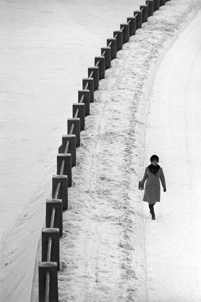Spacer po nabrzeżu, 1973 rok