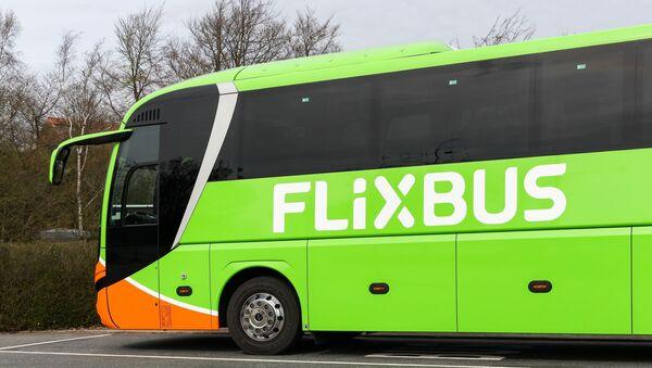 Autokar firmy Flixbus - Sputnik Polska