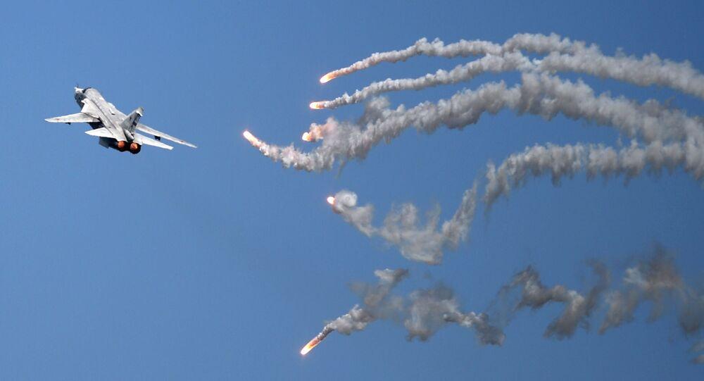 Dwusilnikowy samolot bombowy Su-24