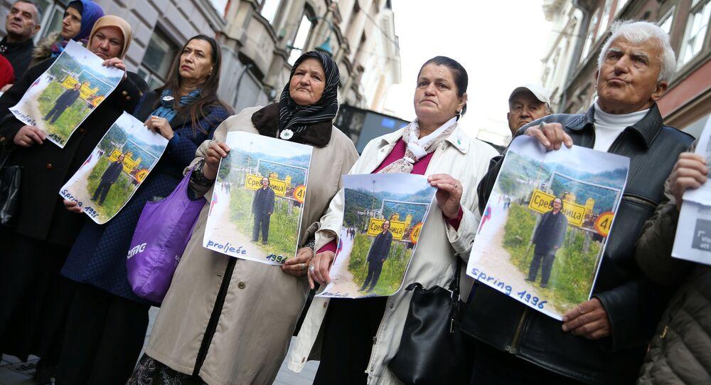 Protest przeciwko nobliście Peterowi Handke
