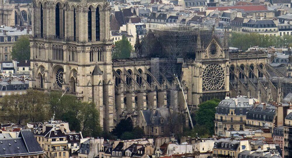 Konsekwencje pożaru katedry Notre-Dame w Paryżu
