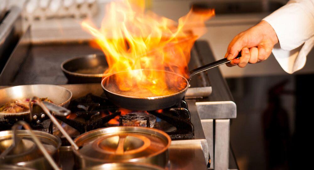 Szef kuchni w restauracji