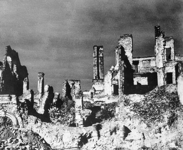 Zniszczone domy w Warszawie, 1944 rok  - Sputnik Polska