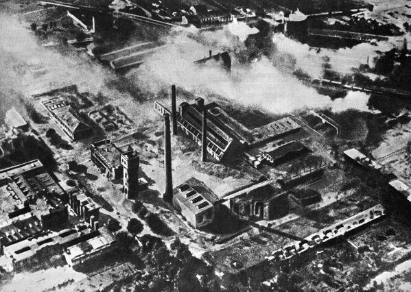Zniszczona Warszawa, 1945 rok - Sputnik Polska