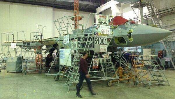 Pierwszy seryjny myśliwiec piątej generacji Su-57 - Sputnik Polska