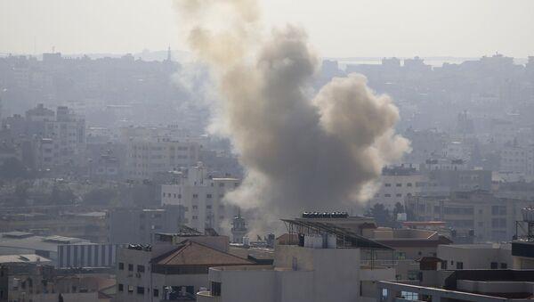Ostrzał Strefy Gazy przez Izrael  - Sputnik Polska