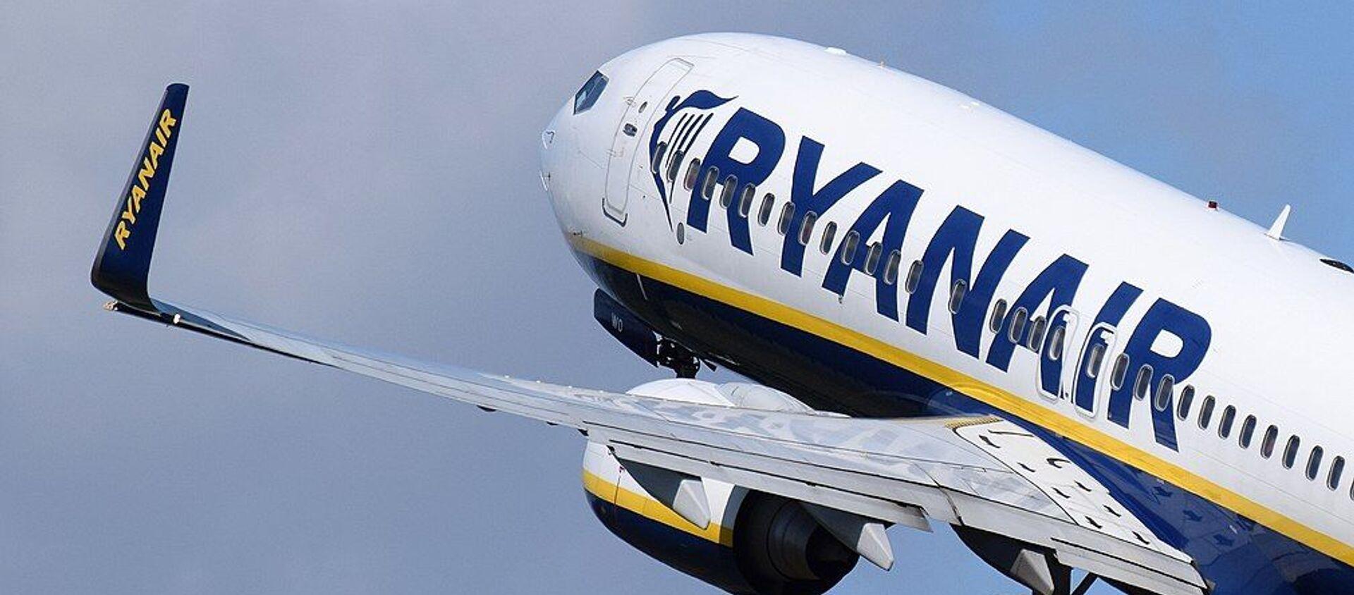 Boeing 737 Ryanair - Sputnik Polska, 1920, 24.05.2021