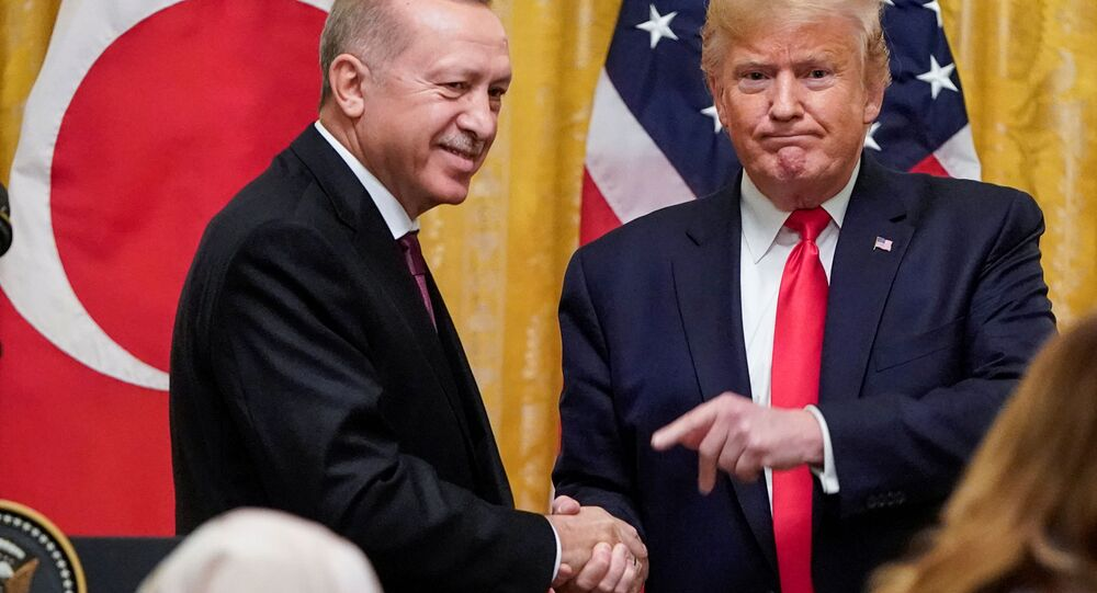 Recep Tayyip Erdogan i Donald Trump na wspólnej konferencji prasowej w Białym Domu