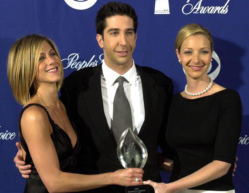 Jennifer Aniston, David Schwimmer i Lisa Kudrow w 2001 roku