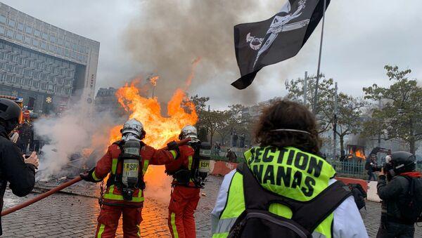 Protesty w Paryżu, 16.11.2019 - Sputnik Polska