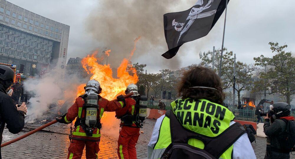 Protesty w Paryżu, 16.11.2019