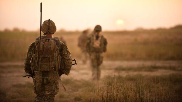 Brytyjscy żołnierze na patrolu w Afganistanie - Sputnik Polska