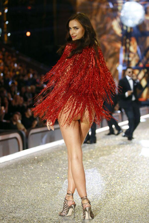 Rosyjska modelka Irina Shayk - Sputnik Polska
