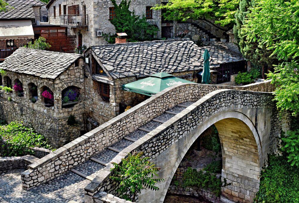 Mostar – miasto-gmina w południowo-zachodniej Bośni i Hercegowinie