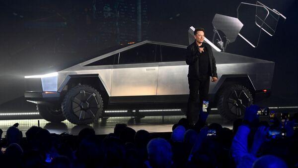 Prezentacja elektrycznego pickupa Cybertruck Tesli w Los Angeles  - Sputnik Polska