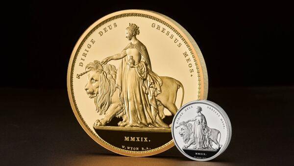 Brytyjska moneta pamiątkowa z serii Great Engravers o wadze 5 kg. - Sputnik Polska