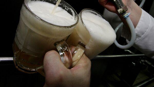 Piwo w kuflach - Sputnik Polska