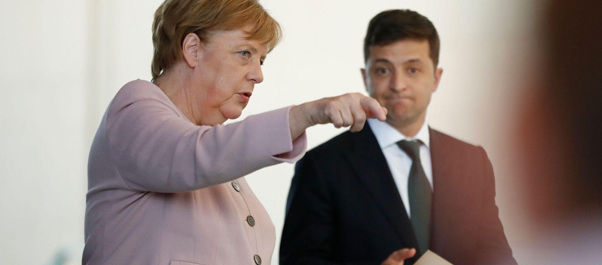Angela Merkel i Wołodymyr Zełenski - Sputnik Polska, 1920, 15.04.2021