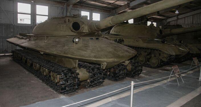 """Radziecki superczołg """"Obiekt 279"""""""
