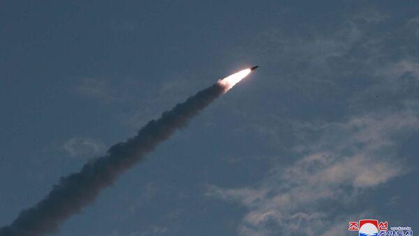 Testy rakietowe w Korei Północnej - Sputnik Polska