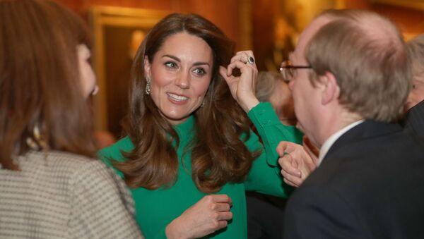 Księżna Cambridge Katarzyna na przyjęciu w Pałacu w Buckingham w Londynie - Sputnik Polska