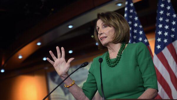 Przewodnicząca Izby Reprezentatów USA Nancy Pelosi - Sputnik Polska