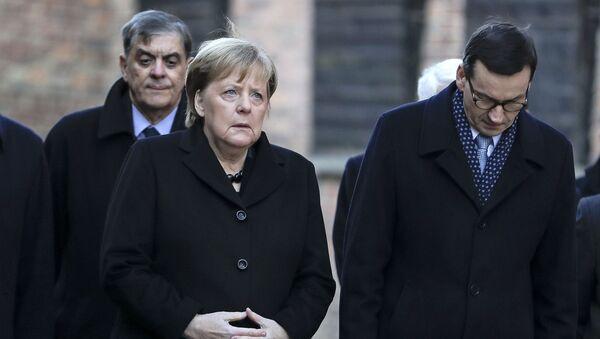 Angela Merkel po raz pierwszy odwiedziła obóz zagłady Auschwitz-Birkenau - Sputnik Polska