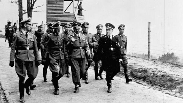 Heinrich Himmler w obozie Mauthausen - Sputnik Polska