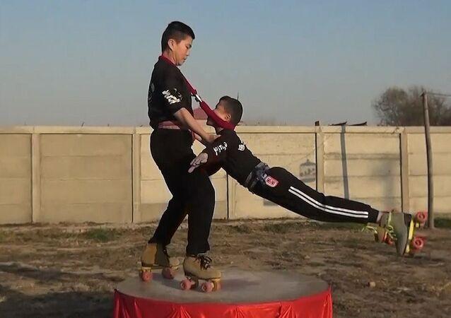 Akrobaci z Chin