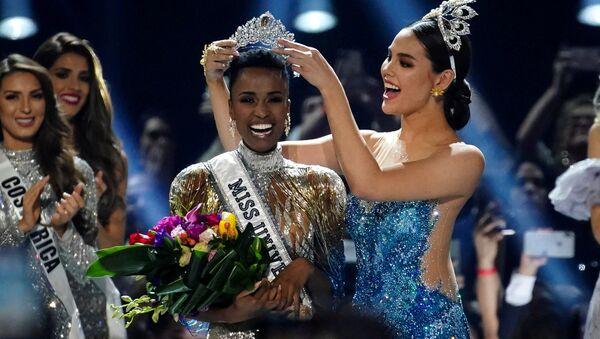 Miss Universe-2019 Zozibini Tunzu - Sputnik Polska