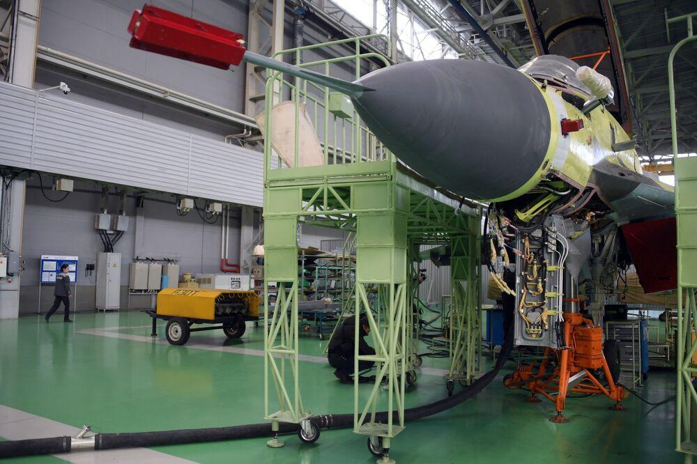 Myśliwiec MiG-35 na poligonie Łuchowickiej Fabryki Lotniczej im. Woronina w obwodzie moskiewskim
