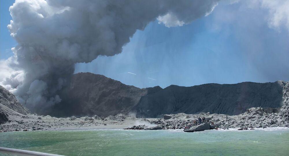 Erupcja wulkanu White Island w Nowej Zelandii